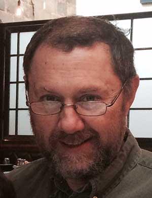 Headshot of David Reis